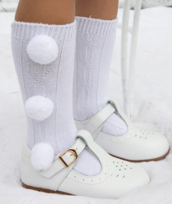 caramelo boys socks white