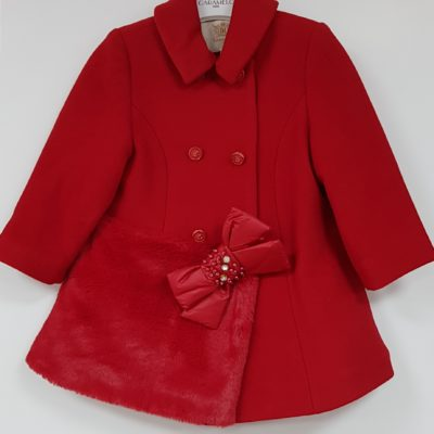 caramelo-coat-red-bow