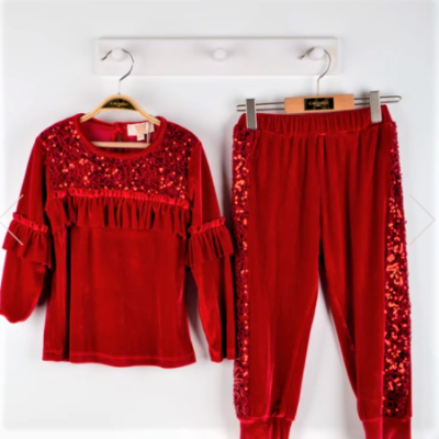 caramelo-Velour-loungewear-ruffle-legging-set